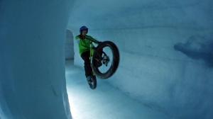 Pat icecave wheelie